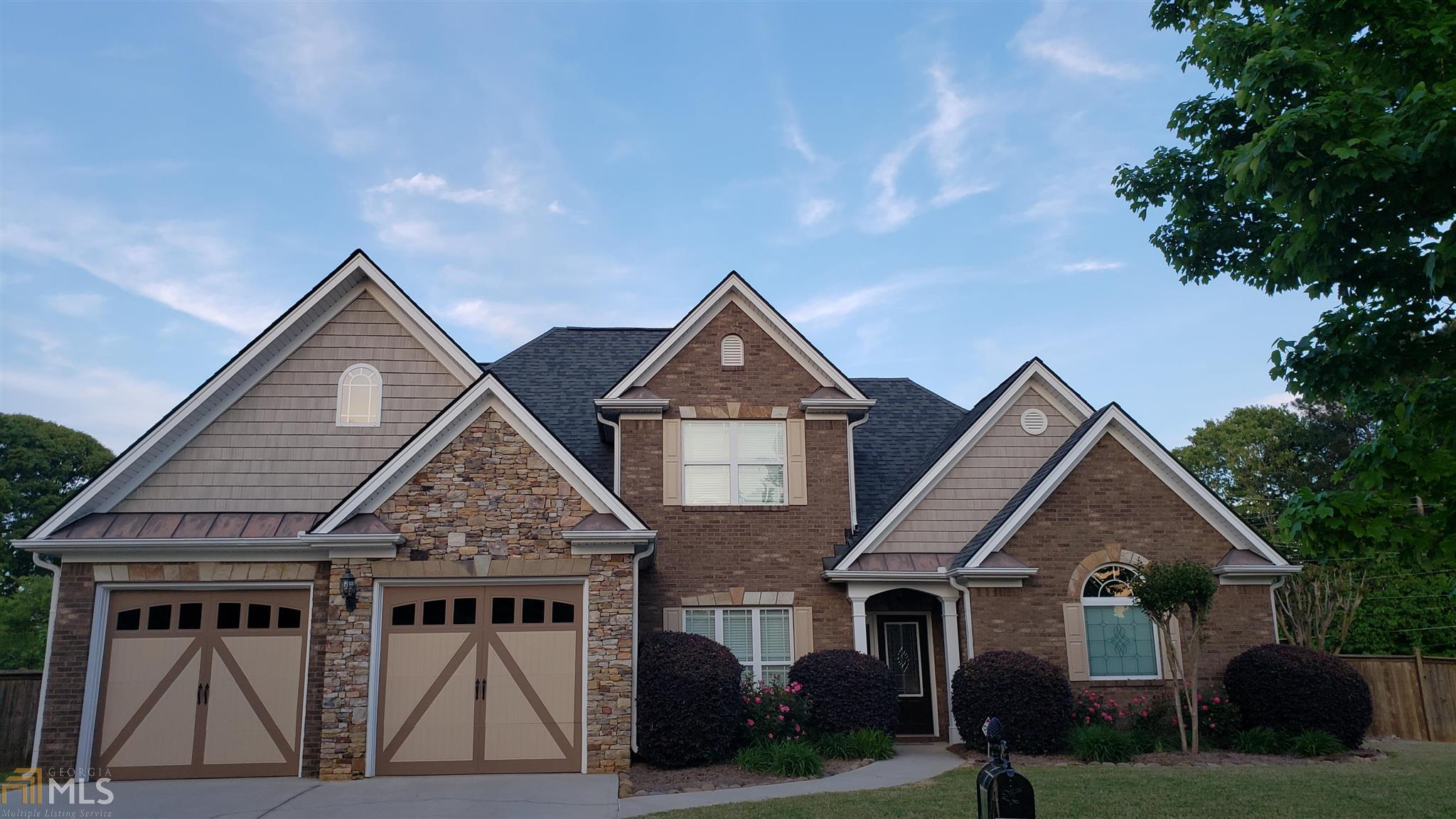 2696 Oakberry Dr For Sale