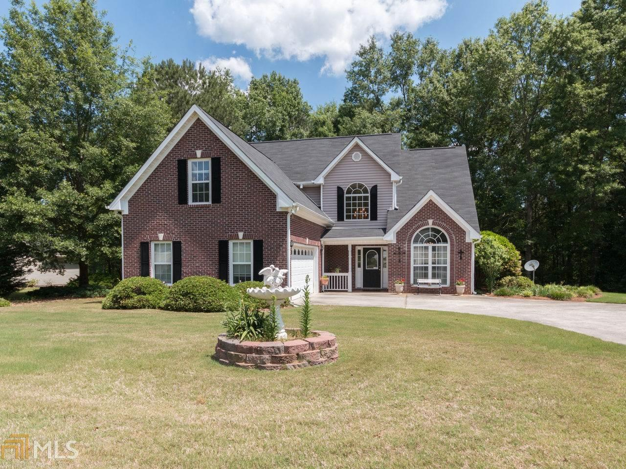 40 Green Valley Dr For Sale